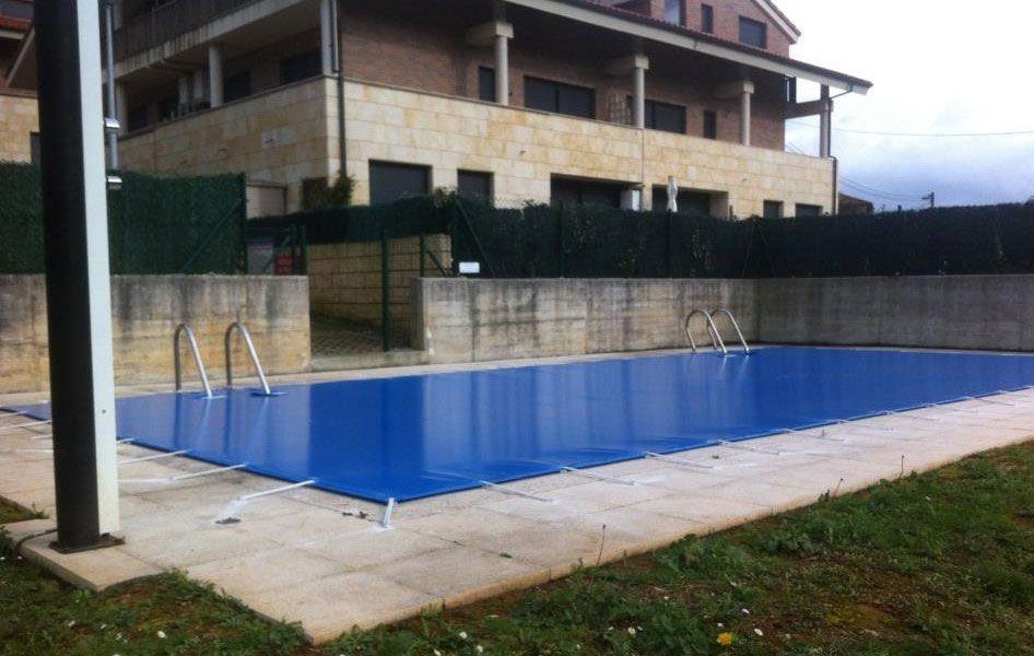 Persianas maperval valladolid trabajos realizados for Cobertores para piscinas